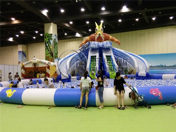 海洋球池乐园玩法空间很大,像充气水晶宫乐园,里面可以设置